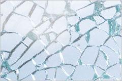 ひび割れたガラスの写真